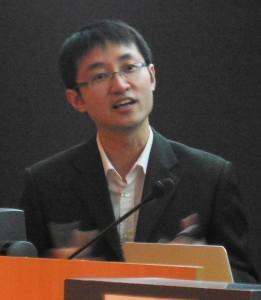 Michael Yuchi receives the 2014 Michael John Page PDF Award